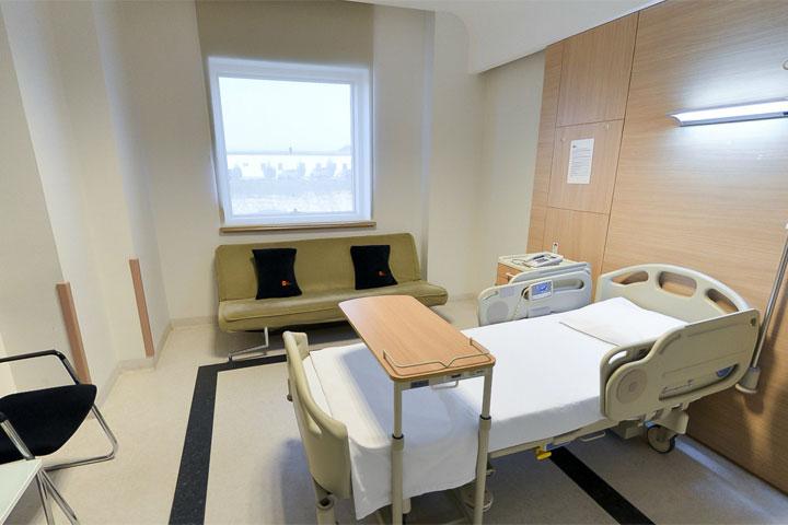 13-مشفى ميدلاين أضنه
